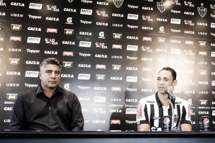 Reforço na área! Ricardo Oliveira é apresentado no Atlético- MG e nega comparação com Fred