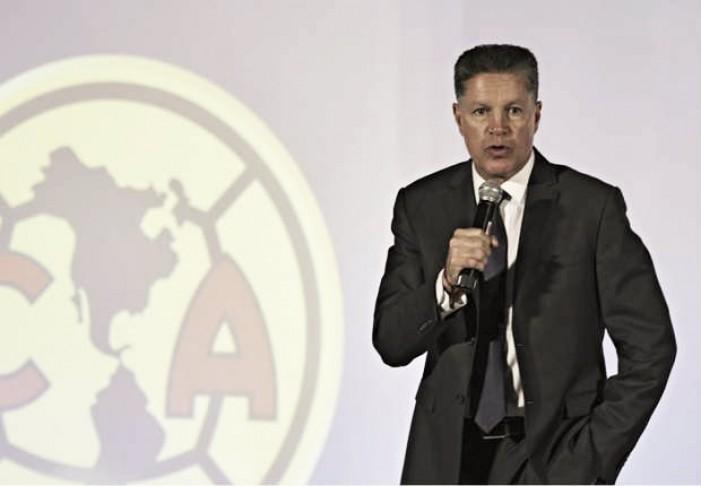 Le responde Ricardo Peláez a Cuauhtémoc Blanco