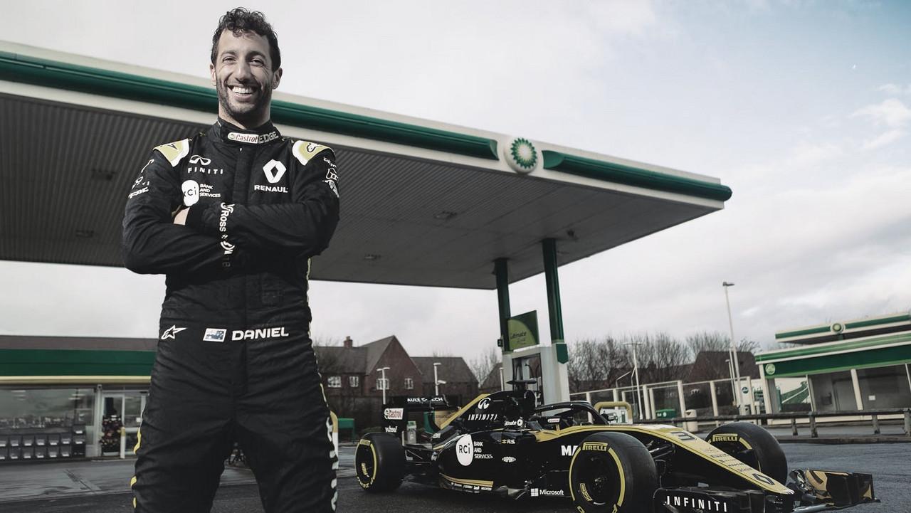 Ricciardo se resigna, mas comemora novo contrato com a McLaren