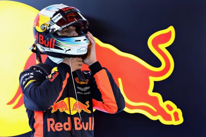 """Ricciardo: """"Spero di essere in lotta per il mondiale. Hamilton favorito, ma occhio che Vettel vola"""""""