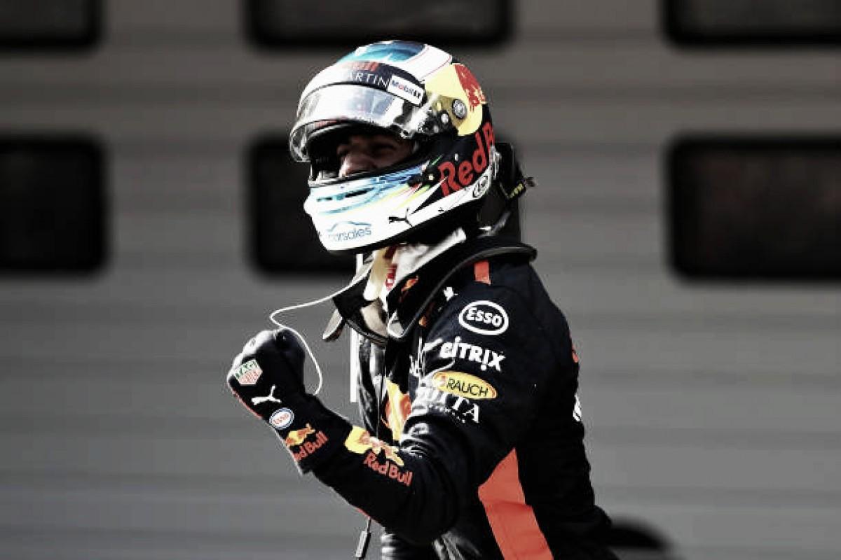Ricciardo aproveita estratégia, dá show de ultrapassagens e vence emocionante GP da China de F1