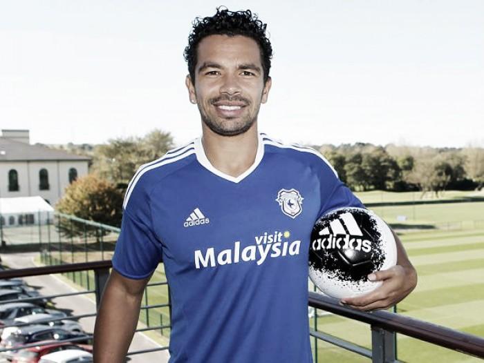 Kieran Richardson firma por el Cardiff City