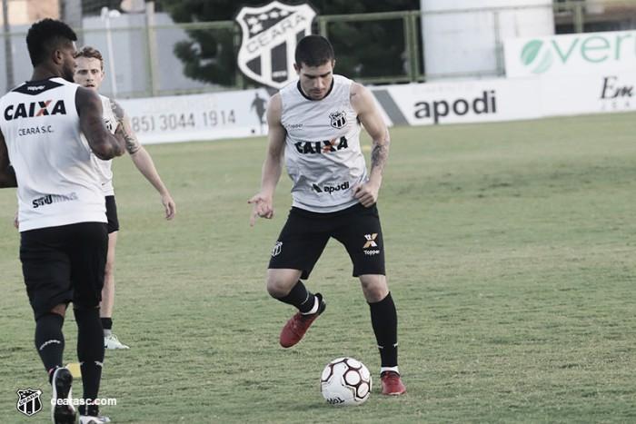 Sem Leandro Carvalho, Ceará encerra preparação para jogo do possível acesso
