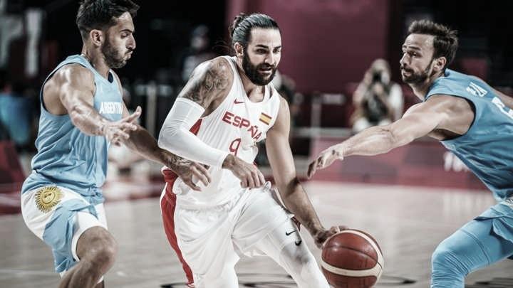 España gana a Argentina, y se jugará el primer lugar del grupo ante Eslovenia