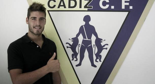 El Cádiz ficha al portero Ricky Alonso
