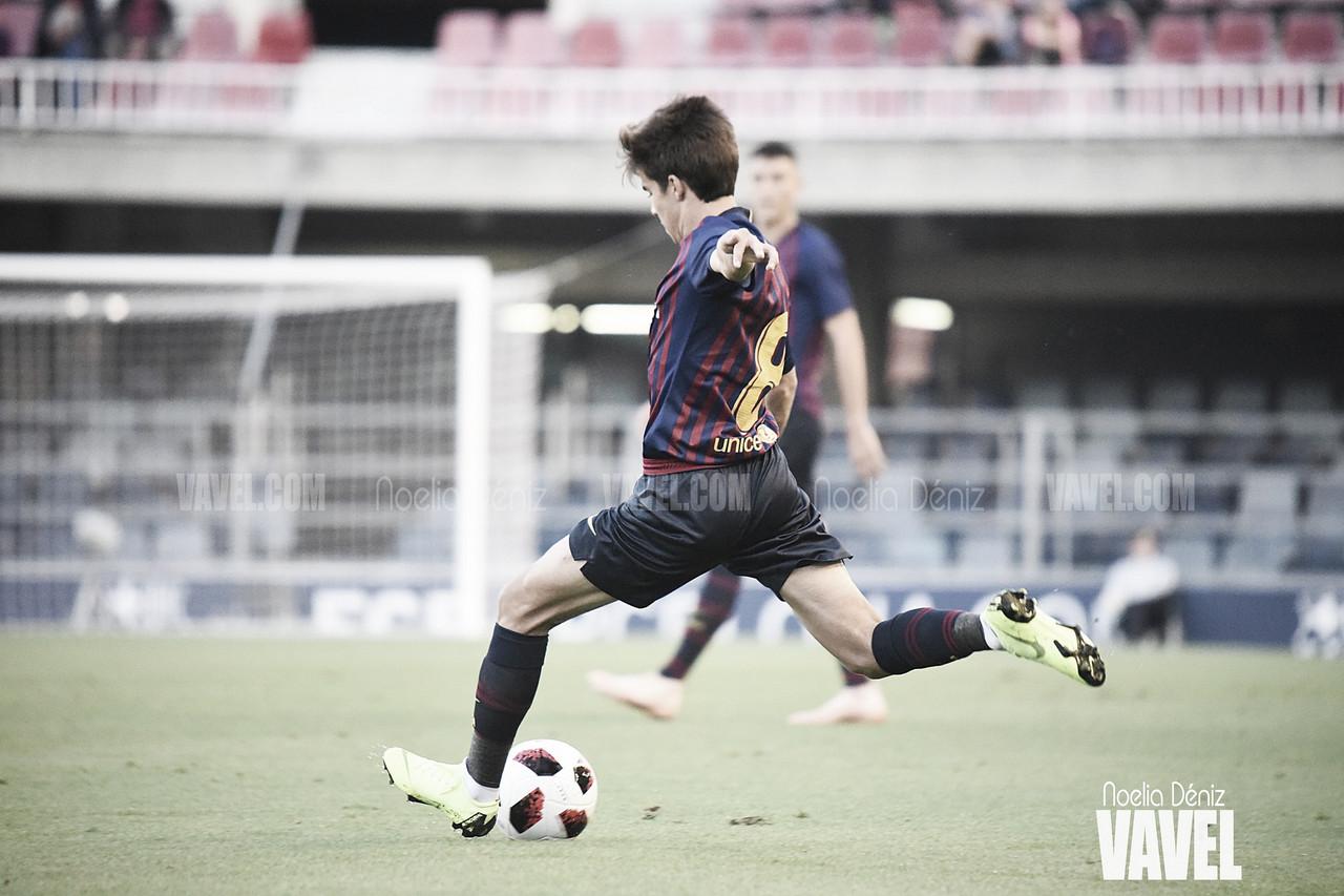 Riqui Puig enamora al Camp Nou