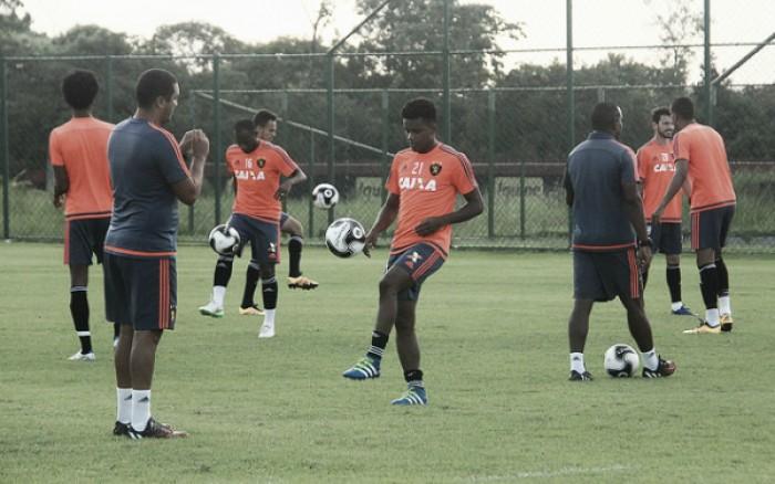 Rithely segue como dúvida e Oswaldo não confirma Sport para estreia contra Flamengo