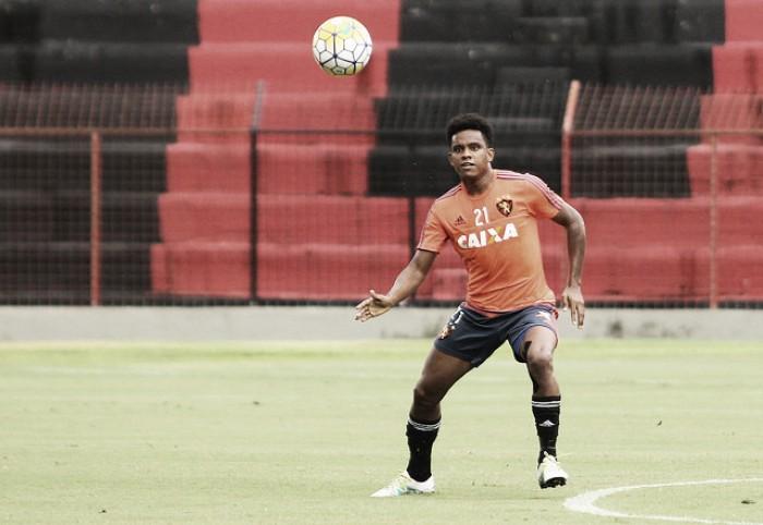Sport realiza último treino em Recife e viaja definido para duelo contra Internacional