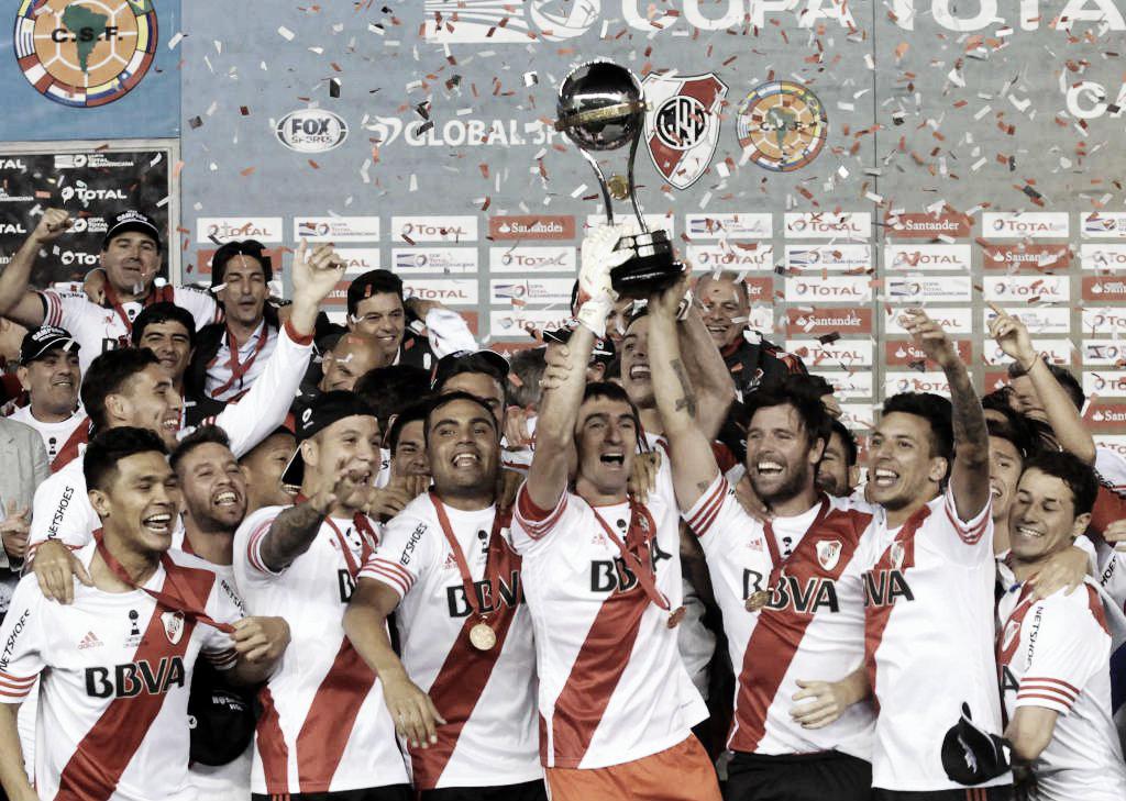 Edición retro: River y la Sudamericana 2014