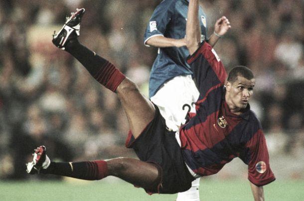 À boleia da magia de Messi: recorde aqui os golos lendários do Barcelona