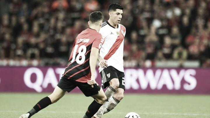 Se enfrentaron en cinco ocasiones: Una victoria para River y dos para Atlhetico Paranaense. Dos empates.