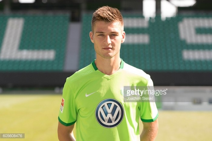 Knoche extends with Wolfsburg