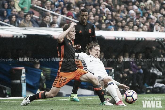 El duelo: Parejo vs Modric
