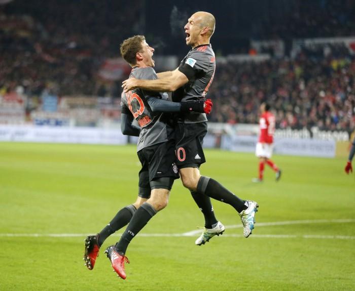 Bundesliga, goleada a Lipsia: la spunta il Bayern (4-5)