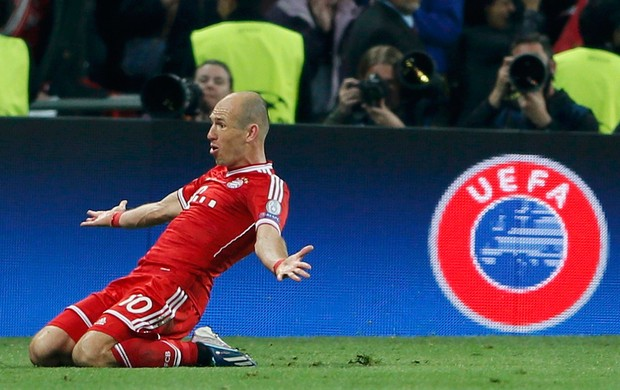 Robben decide, Bayern de Munique vence o Borussia e conquista o pentacampeonato europeu