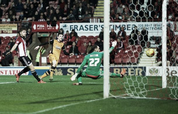 Brentford 0-2 Hull City: Robertson and Clucas put Tigers top of Championship