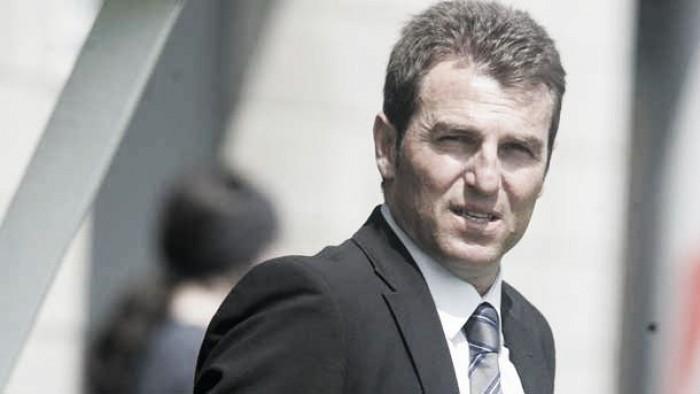 """Robert Fernández:""""Tenemos tres delanteros que son muy buenos y eso dificulta"""""""