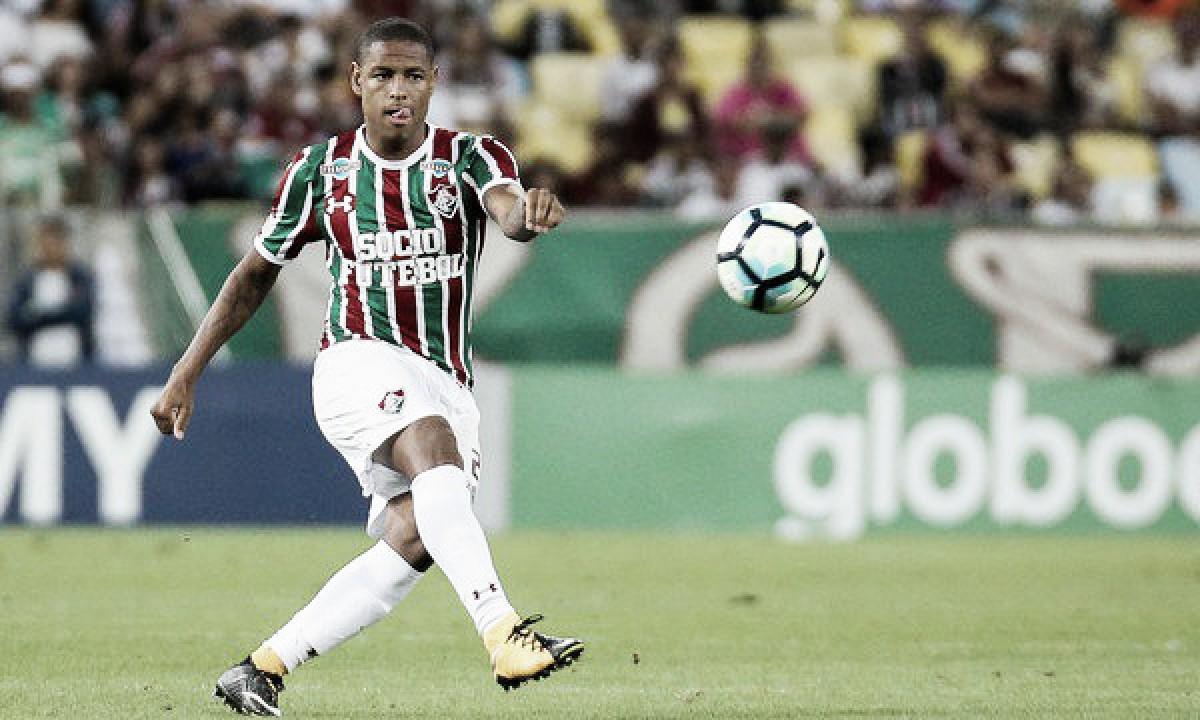 Nova chance: Robert, ex-Fluminense, é anunciado pela Ponte Preta