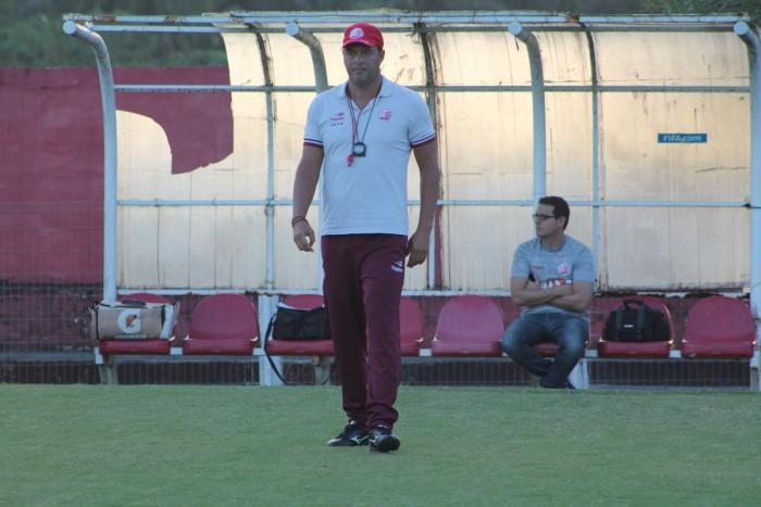 Sem Diego Miranda, Náutico continua preparação para confronto com Paysandu