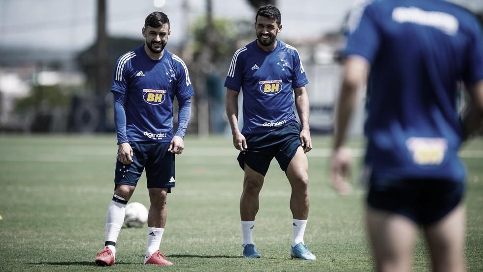 Cruzeiro anunciarescisão de contrato com Robinho e Edílson