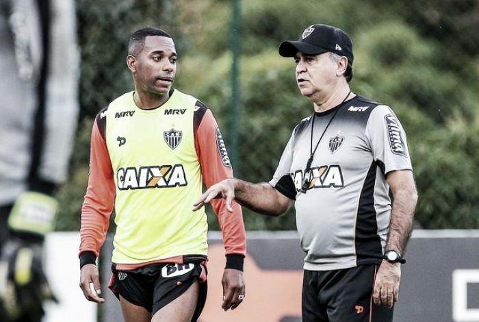 Marcelo relaciona Atlético-MG para partida contra Grêmio, mas titulares seguem indefinidos