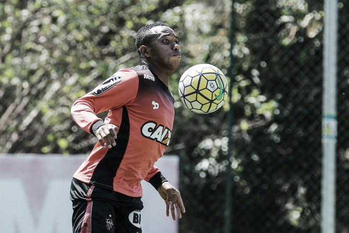 """Robinho diz não estar acomodado com boa fase no Atlético-MG: """"Quero mais"""""""