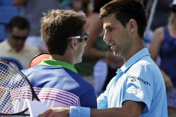 Robredo da la campanada ante Djokovic