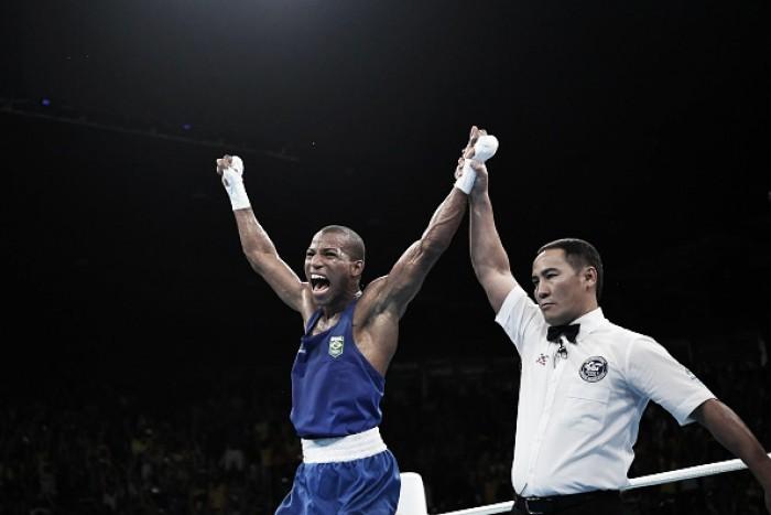 Robson Conceição consegue vaga na final do boxe após vencer tricampeão mundial