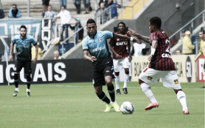 Buscando o G-6, Grêmio e Atlético-PR duelam em Porto Alegre