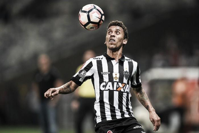 Marcos Rocha adota discurso positivo no Atlético-MG e espera grande jogo contra Flamengo