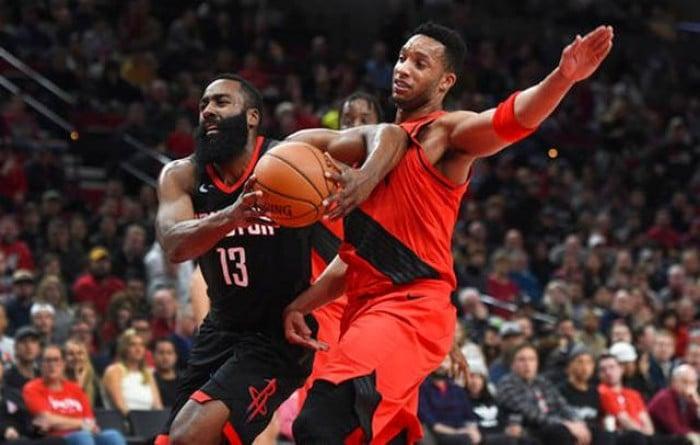 NBA - Houston inarrestabile, Harden scrive 48 e divora i Trail Blazers
