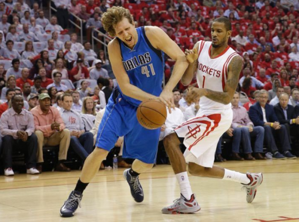 Houston Rockets - Dallas Mavericks Live Updates and 2015 NBA Playoff Scores in Game 3 (130-128)