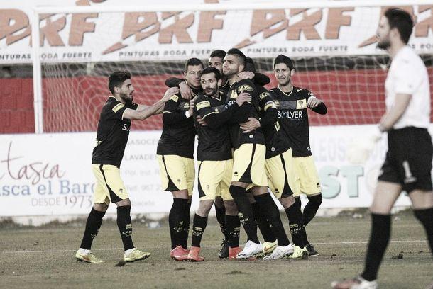 El Cádiz obtuvo una gran victoria en La Roda