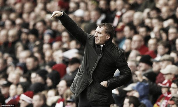 Rodgers laughs off flying banner insisting football has a short memory