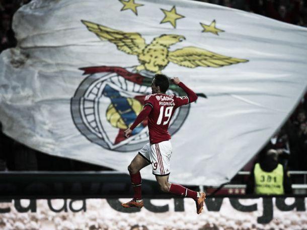 Benfica retém liderança na jornada 16