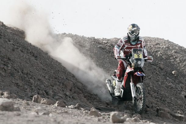 Gonçalves mete miedo a Coma en el 'Día portugués' del Dakar 2015