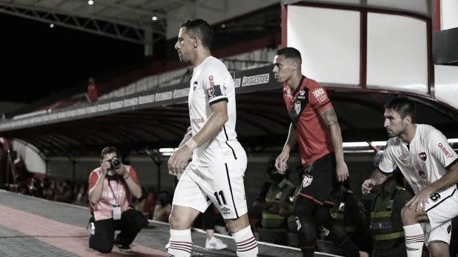 Newell's empató en su debut por la Sudamericana