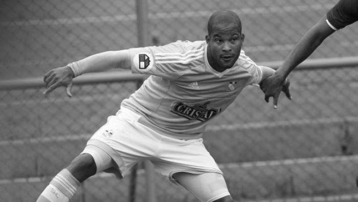 Sporting Cristal presentó su plantel 2016 sin Alberto Rodríguez