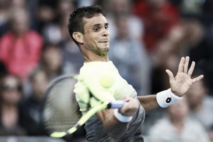 Rogerinho leva a virada de Mayer na primeira rodada em Buenos Aires