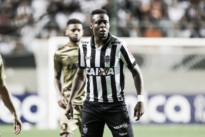 055cf9a5f7 Roger Bernardo comemora estreia pelo Atlético-MG   quot Espero melhorar a  cada dia