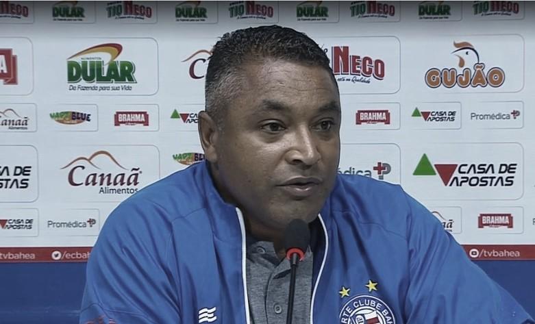 Mesmo ao vencer, Lucas Fonseca aponta erros do Bahia, e Roger exalta resultado