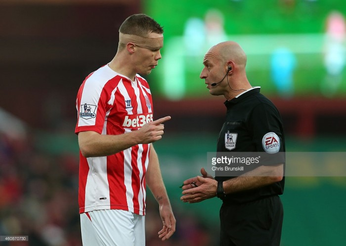 Roger East to referee Wembley clash between Tottenham Hotspur and Stoke City