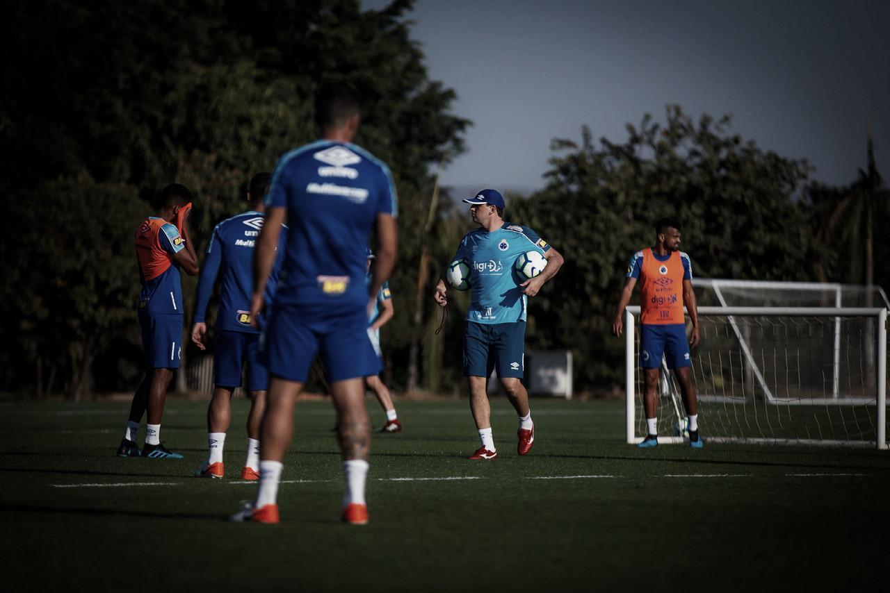 Com Rogério Ceni no comando, Cruzeiro recebe o Santos no Mineirão