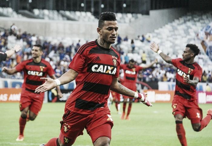Voltando a marcar após 19 jogos, Rogério celebra ajuda na segunda vitória fora de casa do Sport