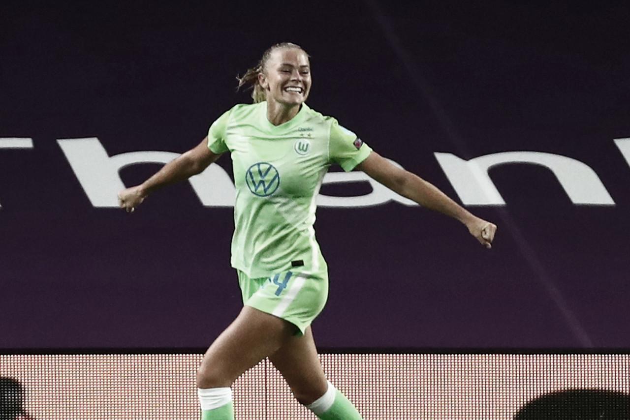 """Rolfö relembra conversa no intervalo após classificação do Wolfsburg: """"Precisávamos de calma"""""""