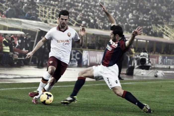 Roma encara Bologna visando encostar na liderança da Serie A