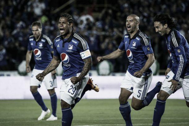 Román Torres regresó con gol