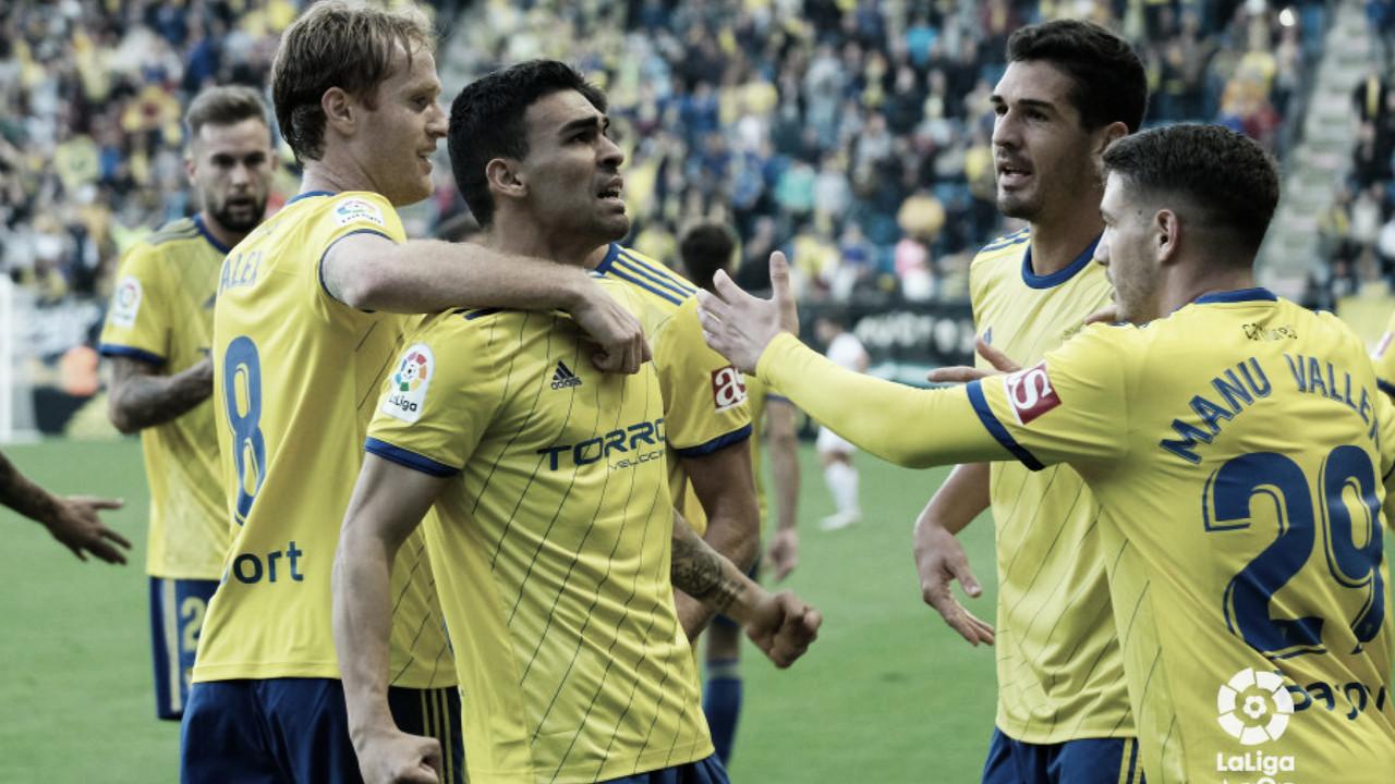 Cádiz CF 1 - 0 Rayo Majadahonda: de tres en tres hasta sin jugar bien