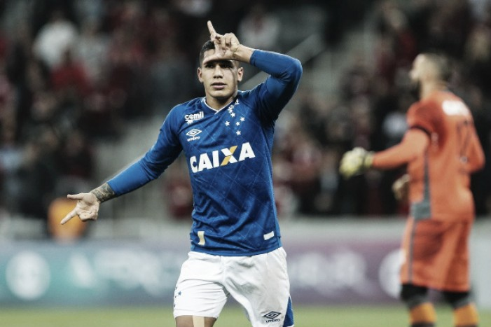 O que não funcionou na lateral direita do Cruzeiro em 2017?