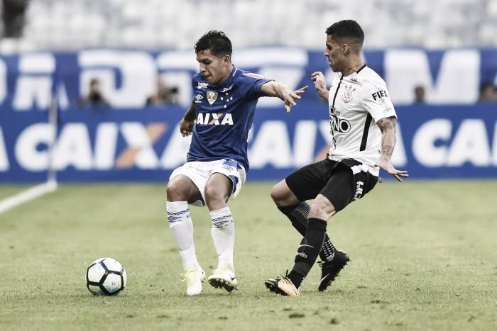 Provável substituto de Hudson, Lucas Romero deve voltar para posição de ofício contra Palmeiras